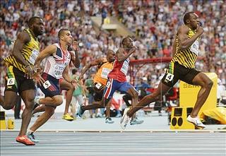 usain bolt gana 200 metros mundial moscu 2013