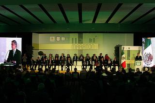 Presentan el Maratón de la Ciudad de México 2014