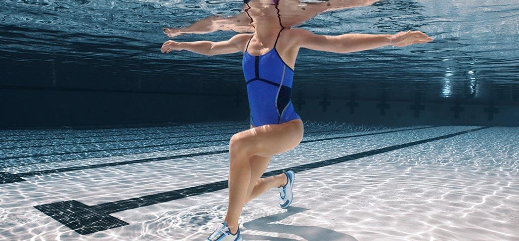 entrenamiento en agua alberca sports world