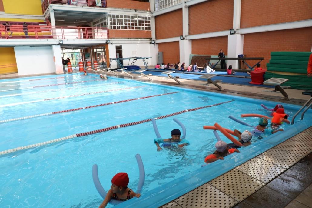 deportivo bicentenario natacion